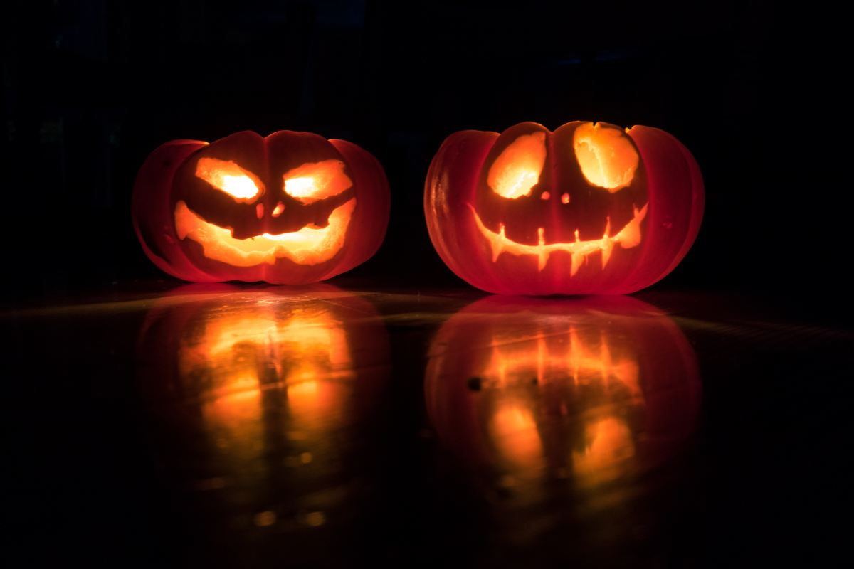 5 Things You Need for a Spooktacular Night In